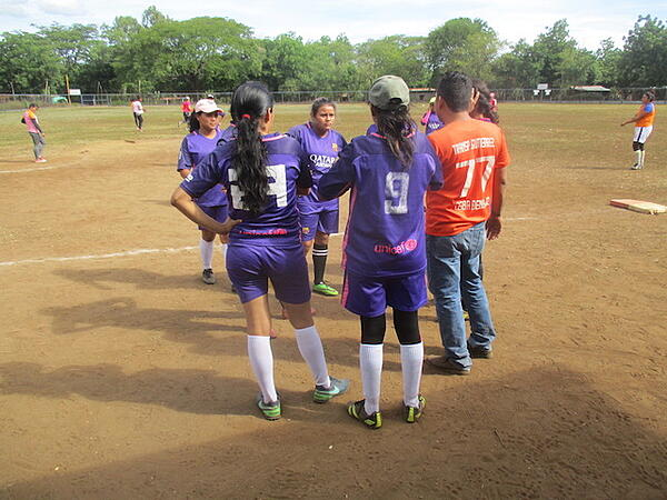 Team Chatting with Referee